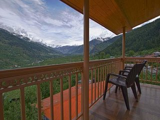 Scenic Cottage In Manali