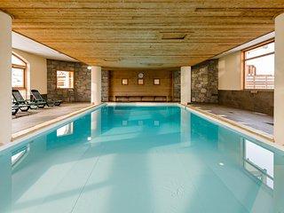Appartement effet chalet près des pistes | Piscine + Sauna !