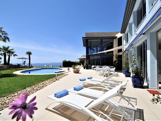 Luxury villa BAY BLUE with sea views in Bahía Azul for 8 people and 4 bedrooms-