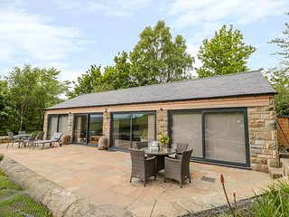 COAL DROPS, pet-friendly, parking, near Alnwick