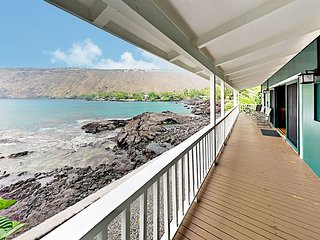 Oceanfront Kealakekua Bay Retreat w/ Breathtaking Views from Every Room