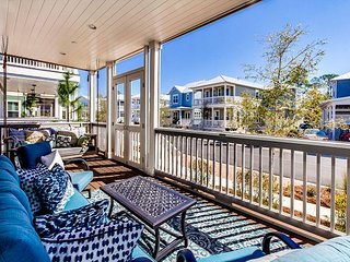 NEW - 4 BR - ONCE UPON A TIDE - MINUTES TO SEASIDE & BEACH – 4 BIKES INC