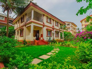 Elegant Home With Pool-Carmona Beach,Goa
