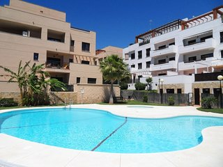 Modern 1 bed apartment in La Cala De Mijas, close to beach and all amenities
