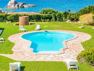 Portobello di Gallura Villa Sleeps 8 with Pool and WiFi - 5750070