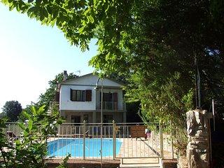 Brancorsi Villa Sleeps 11 with Pool and WiFi - 5247871