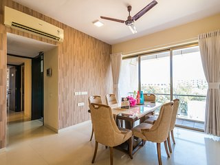 Luxurious 6 BHK apartment near MIDC