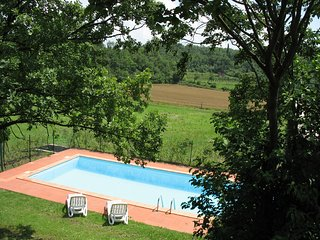 Albisano Villa Sleeps 8 with Pool and WiFi - 5248533