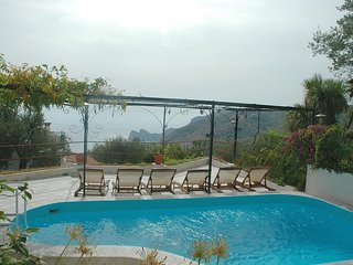 Massa Lubrense Villa Sleeps 10 with Pool Air Con and WiFi - 5248191