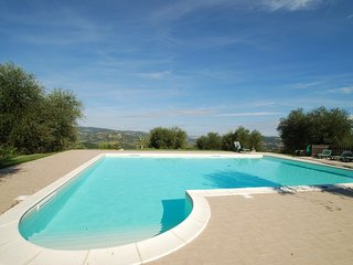6 bedroom Villa with Pool and WiFi - 5247656
