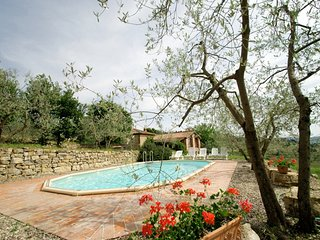 3 bedroom Villa with Pool and WiFi - 5247553