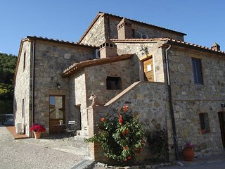 Salci Villa Sleeps 13 with Pool Air Con and WiFi - 5247898