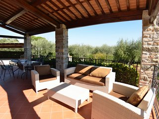 Colle di Compito Villa Sleeps 8 with Pool Air Con and WiFi - 5310857