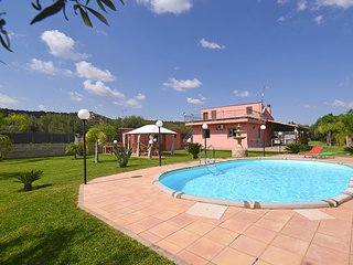 3 bedroom Villa with Pool, Air Con and WiFi - 5247413