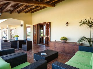 L'Addolorata Villa Sleeps 6 with Pool Air Con and WiFi - 5758515