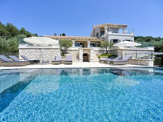 6 bedroom Villa with Pool, Air Con and WiFi - 5794437