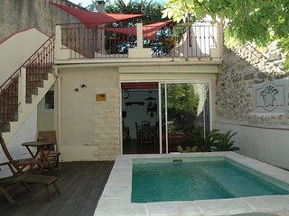 3 bedroom Villa with Pool and WiFi - 5248789