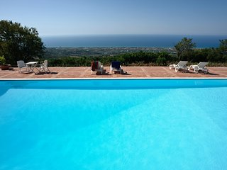 Cutura-Passitano Apartment Sleeps 5 with Pool and WiFi - 5639300
