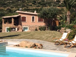 Villasimius Villa Sleeps 10 with Pool Air Con and WiFi - 5312804