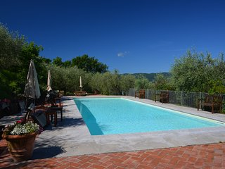 Sarzanello Apartment Sleeps 2 with Pool Air Con and WiFi - 5313038