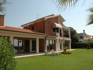 Terracina Villa Sleeps 12 with Pool Air Con and WiFi - 5248421