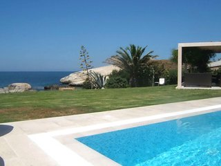 2 bedroom Villa with Air Con, WiFi and Walk to Beach & Shops - 5248000