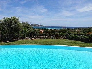 Marina de lu imposta Villa Sleeps 8 with Pool Air Con and WiFi - 5248071