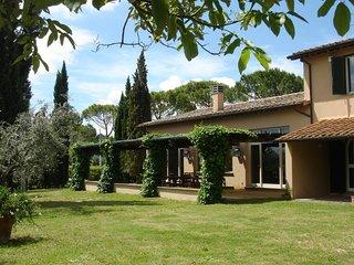 Magliano Sabina Villa Sleeps 8 with Pool and WiFi - 5248392