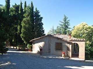 Gaiole in Chianti Villa Sleeps 5 with Pool and WiFi - 5247598