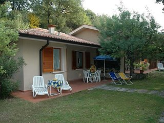 Garda Apartment Sleeps 6 with Pool and WiFi - 5248562