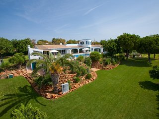 5 bedroom Villa with Pool, Air Con and WiFi - 5794638