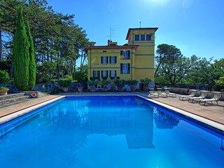 Stroppiello Villa Sleeps 12 with Pool and WiFi - 5794817