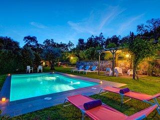 Tabagon Villa Sleeps 6 with Pool and WiFi - 5604597