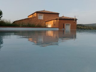 4 bedroom Villa with Pool and WiFi - 5311405