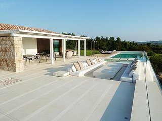 Marina de lu imposta Villa Sleeps 12 with Pool Air Con and WiFi - 5248069