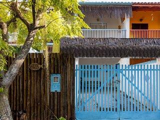 Casa no Capricónio: Praia, lagoa e montanha