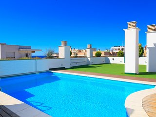 SOL I MAR FAMILY COMPLEX 297: Fantastic apartment close to the harbour and beach