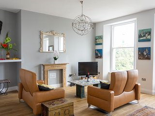 The Astor suite, Luxury 2Bedroom 2 Bathroom Plymouth Hoe Apartment