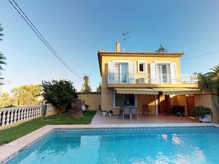 Villa a 700 m de la playa de arenal 'El Arenal', Wifi. A/A.