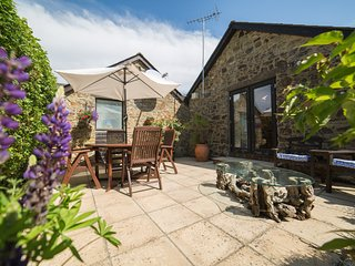 Woodpecker Barn- Lovely barn conversion in rural and peaceful location