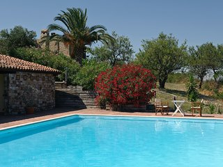 Cutura-Passitano Apartment Sleeps 4 with Pool and WiFi - 5639273
