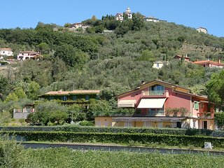 Sarzanello Apartment Sleeps 4 with Pool and Air Con - 5313036