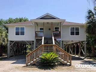 Toes in the Sand - Easy Beach Access & Bike Path Access; Screened Porch