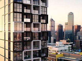 JC Southbank Apartment Near CROWN/Casino/Convention Centre **Free Parking/Wifi