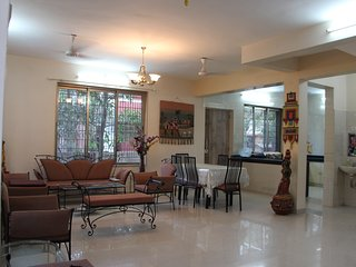 3 BHK Holiday bunglow at Neral - matheran road with bathtub
