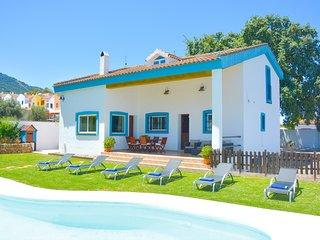 Cubo's Villa Barbol