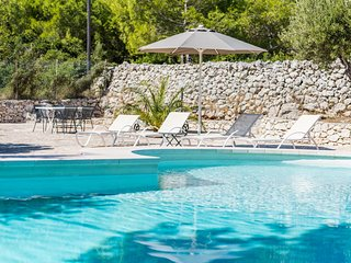Morciano di Leuca Villa Sleeps 7 with Pool and Air Con - 5714316
