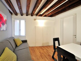 Venice Apartment Sleeps 7 with Air Con and WiFi - 5248474