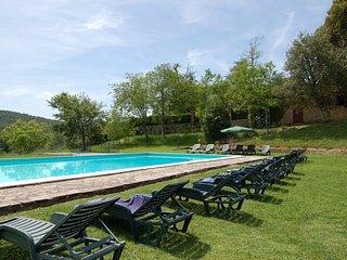 Il Prato Villa Sleeps 12 with Pool and WiFi - 5247609