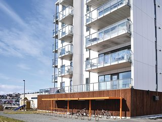 Awesome apartment in Tromso w/ WiFi and 1 Bedrooms (N39083)